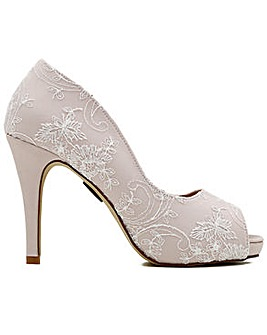 Perfect Celia Lace Peep Hidden Platform