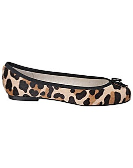 French Sole Henrietta Calf Hair Leopard