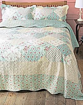 Vintage Print Bedspread Set