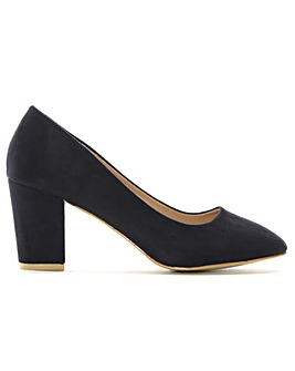 DF By Daniel Vance Block Heel Court Shoe