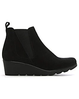 Daniel Sergeant Low Wedge Chelsea Boots