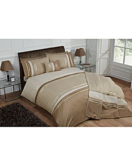 Cascade home Brooklyn Duvet Set