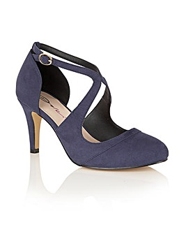 Dolcis Sage court shoes