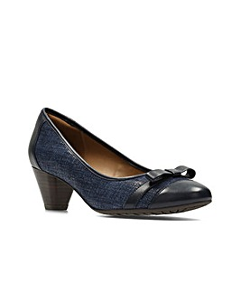 Clarks Denny Fete Shoes