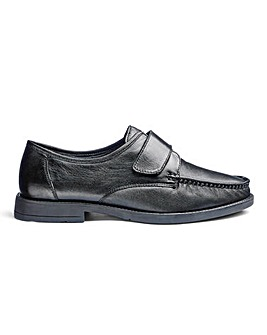 Leather Touch & Close Shoe Standard Fit