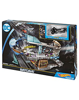 Hot Wheels DC Batcave