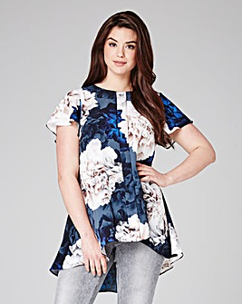 Grazia Dipped Back Hem Top