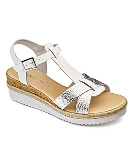Heavenly Soles T Bar Sandals D Fit