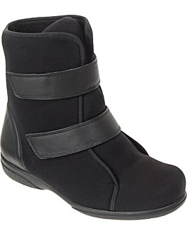 Patty Boots 5E+ Width