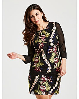 Celuu Carrie Embroidered Dress