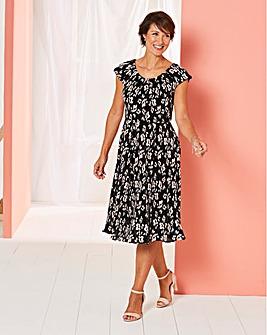 Print Plisse Dress
