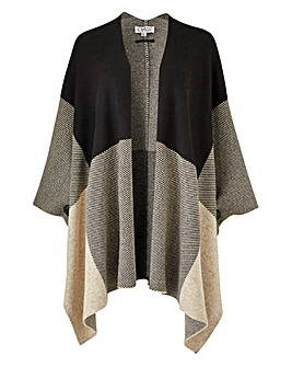 Graphic Check Poncho