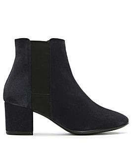 Daniel Louvar Suede Chelsea Boots