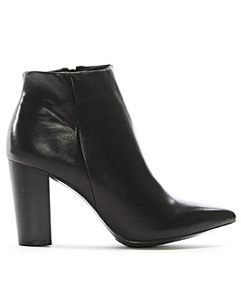 Daniel Tiana Pointed Toe Ankle Boots