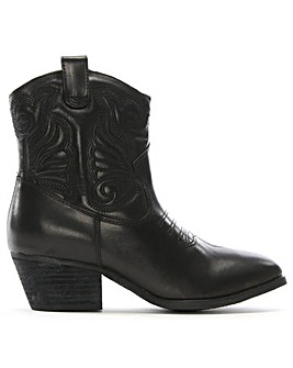 Daniel Elsa Leather Western Ankle Boots