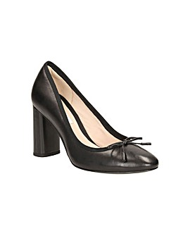 Clarks Idamarie Faye Shoes