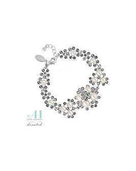 Alan Hannah pearl cluster bracelet