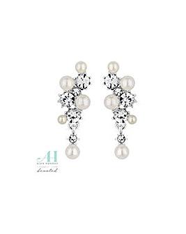 Alan Hannah pearl cluster earring