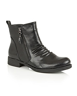 LOTUS FIR ANKLE BOOTS