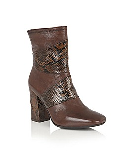LOTUS ZANIA ANKLE BOOTS
