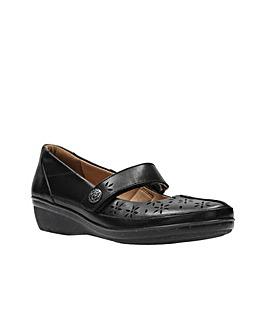 Clarks Everlay Bai Shoes