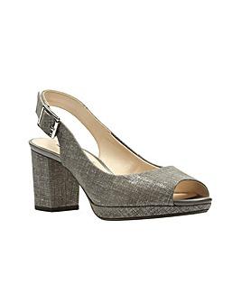 Clarks Kelda Spring Sandals