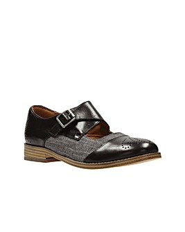 Clarks Zyris Nova D Fitting