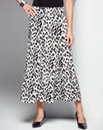 Warm Handle Print Skirt