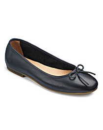 Heavenly Soles Bow Ballerina Shoes E