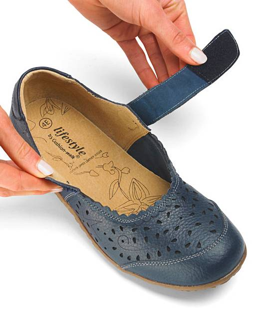 Cushion Walk Shoes Marisota
