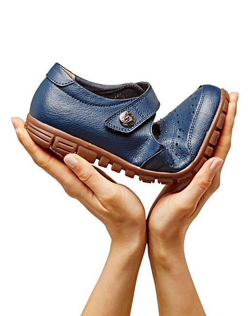 Touch And Close Bar Fastening Leather Shoes Eee Cushion Walk