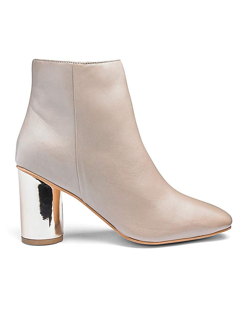 Heavenly Soles Heavenly Soles Leather Ankle Boots E Fit