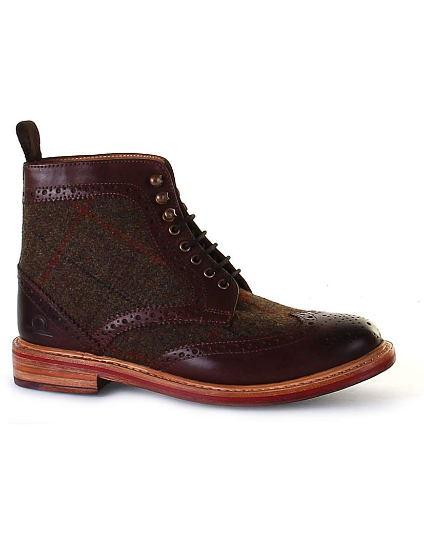 1920s Style Mens Shoes Chatham Stornoway High Ankle Brogue Boot £149.00 AT vintagedancer.com