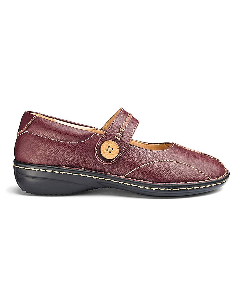 Leather Touch And Close Bar Shoe EEE Fit