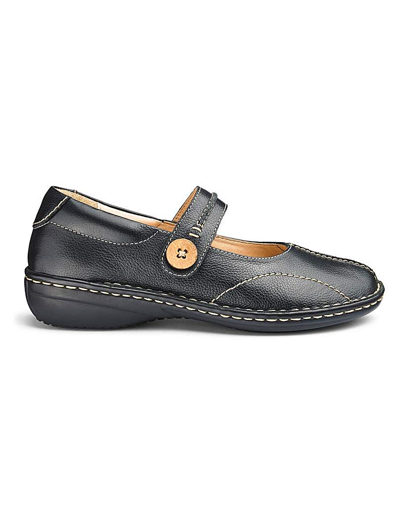 Leather Touch And Close Bar Shoes E Fit