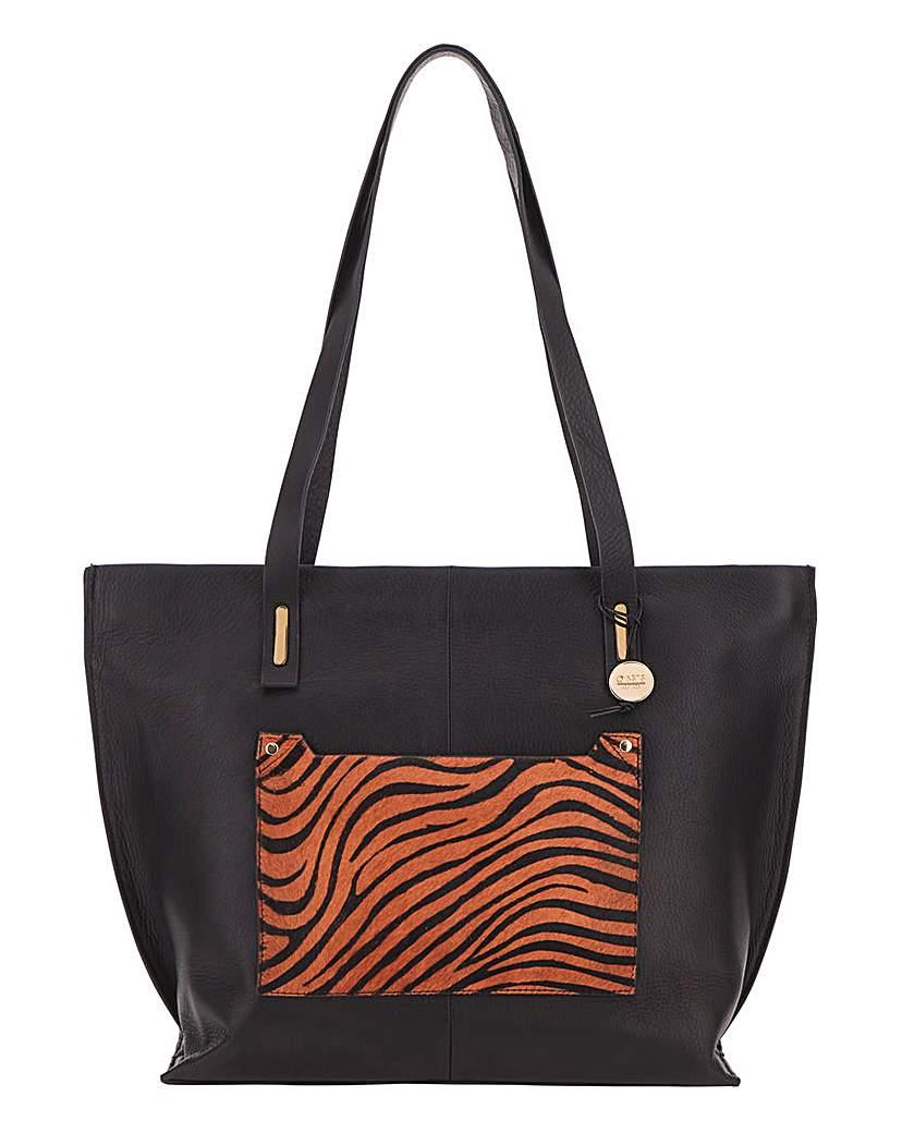 25430521093 Oasis Tiger Print Tote Bag