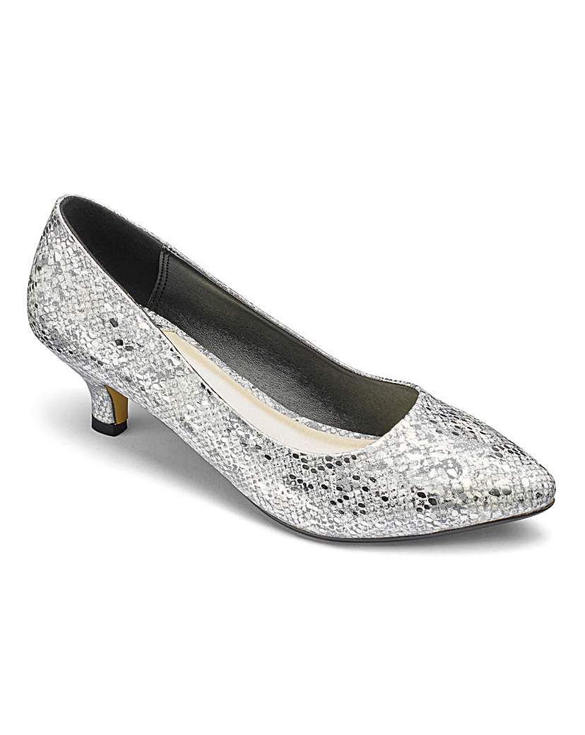 Vintage Style Wedding Shoes, Boots, Flats, Heels Heavenly Soles Court Shoes E Fit £25.00 AT vintagedancer.com