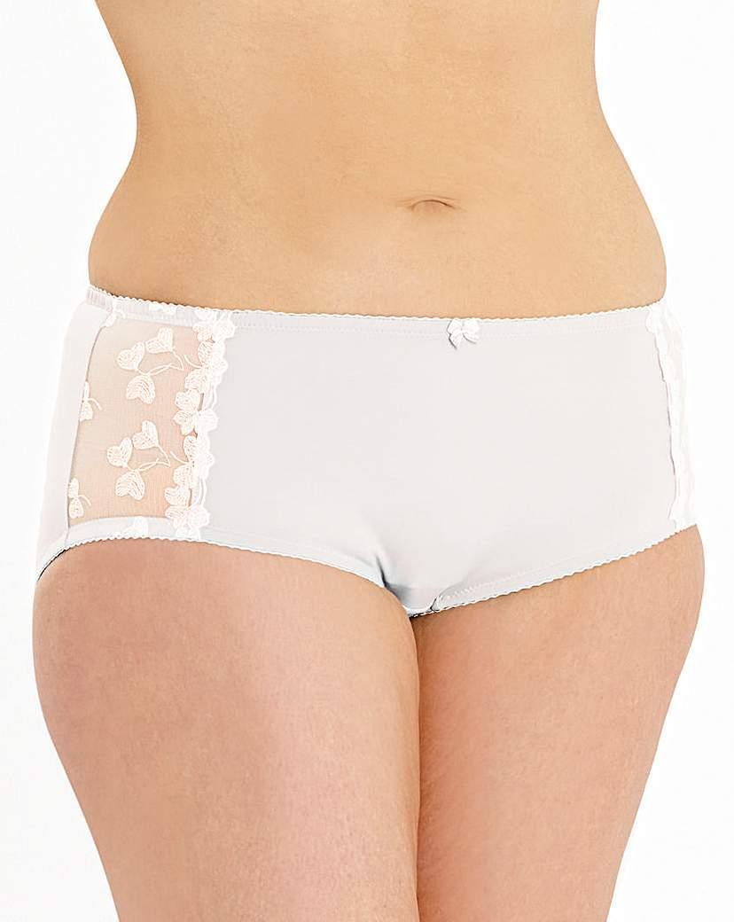 Ava Embroidered Cream Shorts