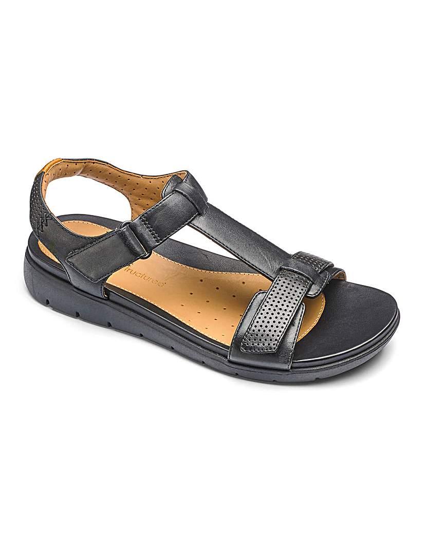 Clarks Un Haywood T Bar Sandals E Fit