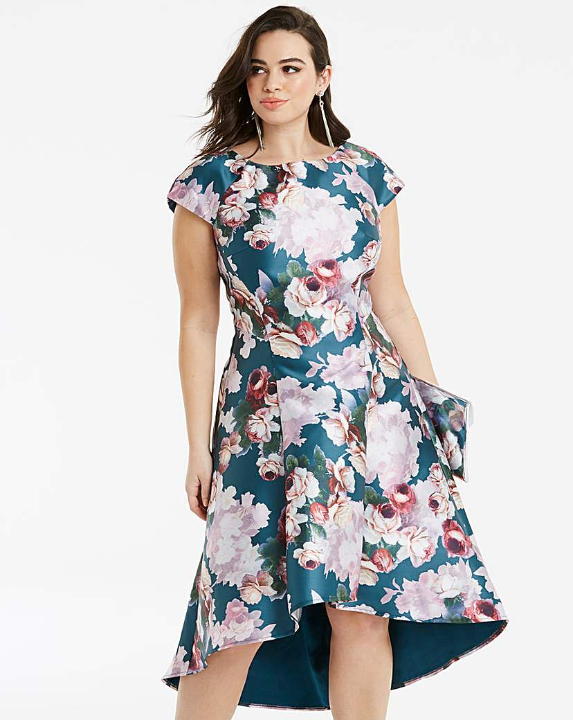 e9287a9c5f39 Chi Chi London Floral Print Dip Dress