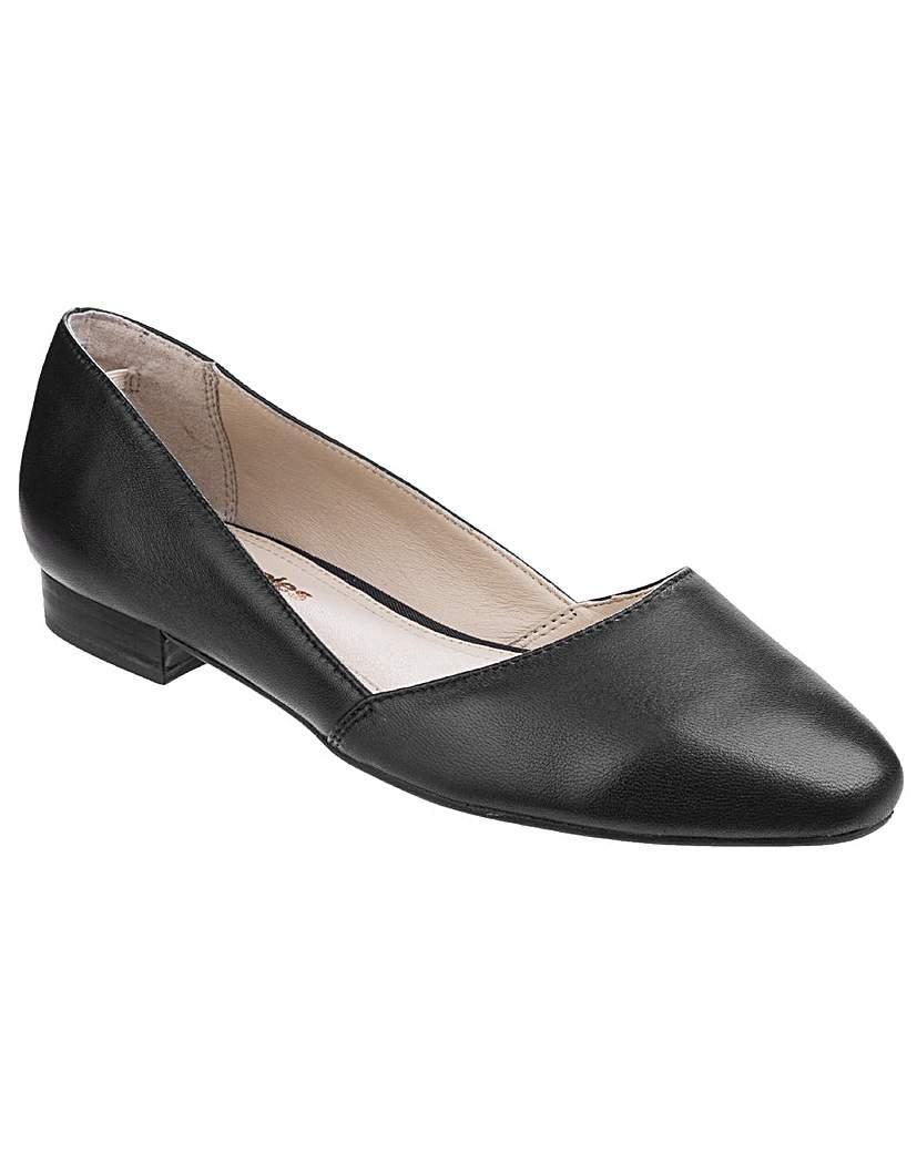 Retro Vintage Flats and Low Heel Shoes Hush Puppies Jovanna Phoebe Slip-On £53.00 AT vintagedancer.com