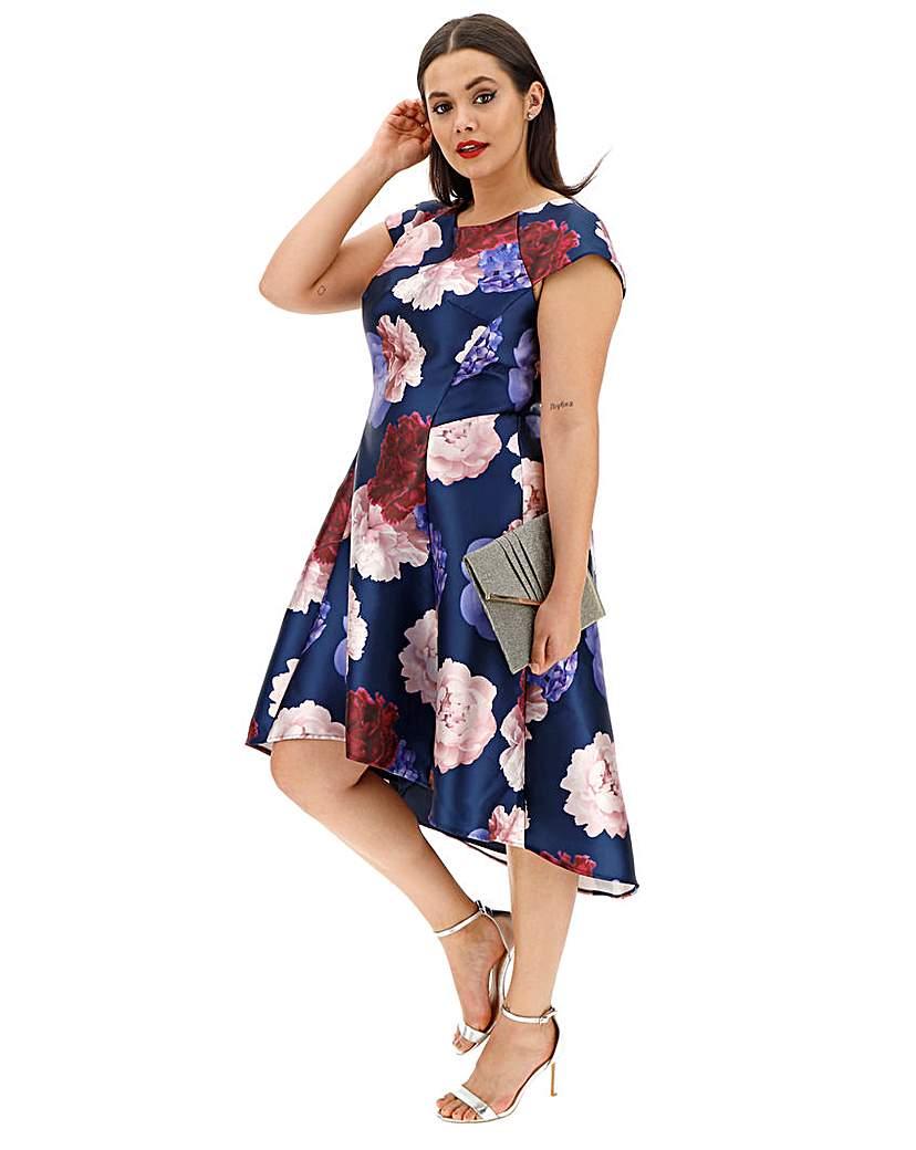 Chi Chi London Chi Chi London Floral Print Dip Dress