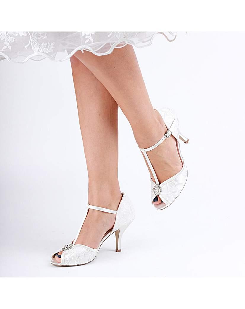 Vintage Inspired Wedding Dress   Vintage Style Wedding Dresses Paradox London CHARLOTTE SANDALS £75.00 AT vintagedancer.com