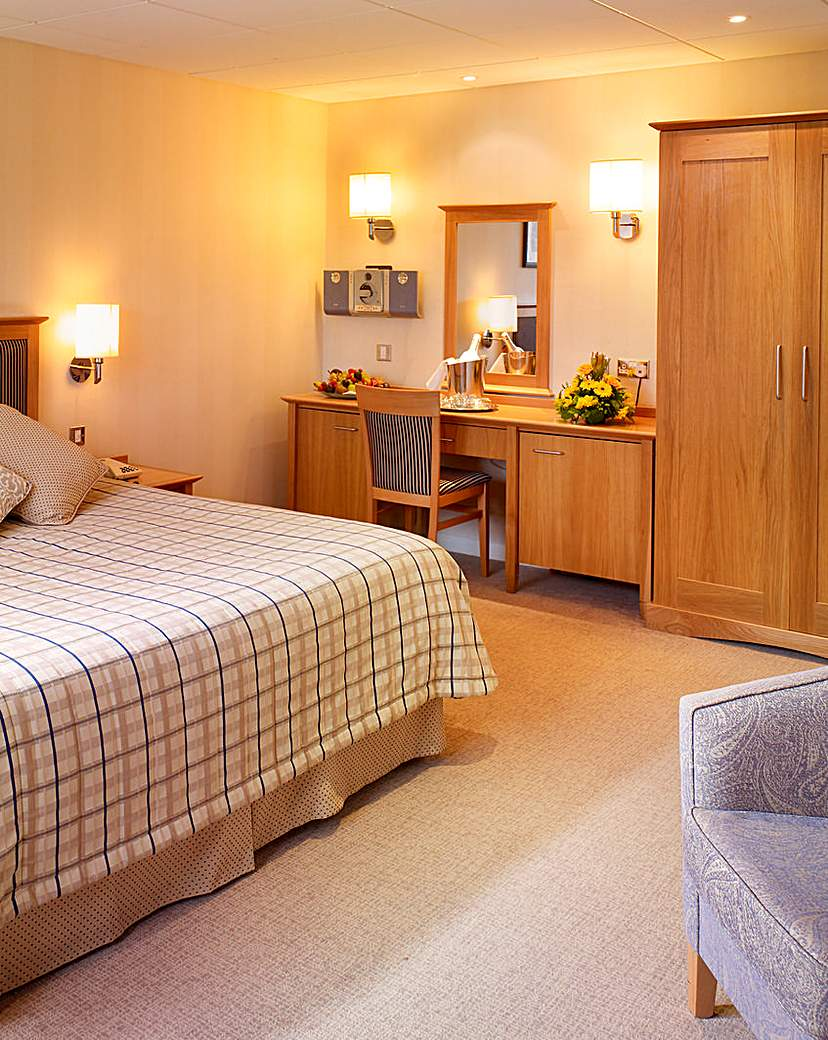 Compare retail prices of 1 Night Stay & Dinner at the Haven Hotel to get the best deal online