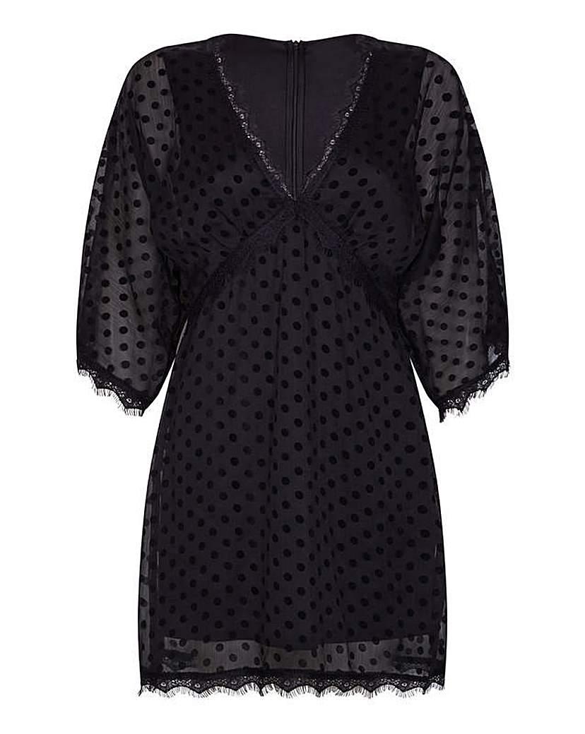 Image of Mela London Curve Lace Tunic Dress