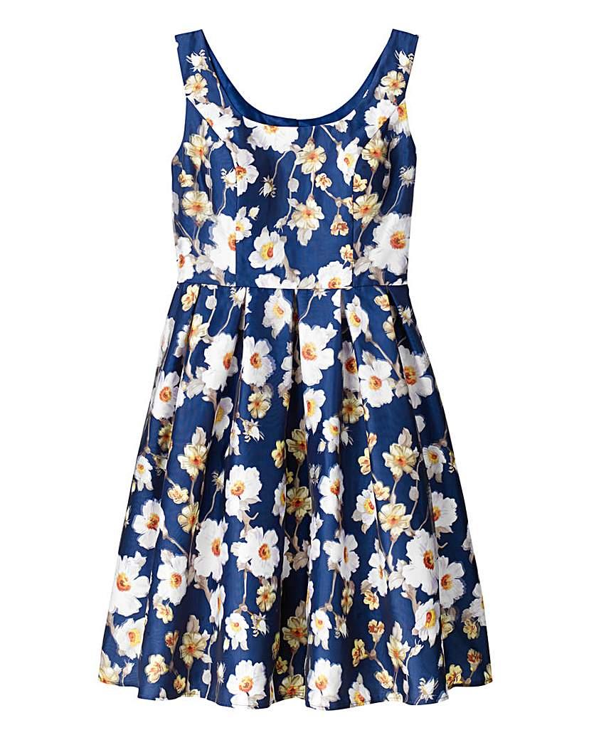 Chi Chi London Chi Chi Eliza Floral Prom Dress