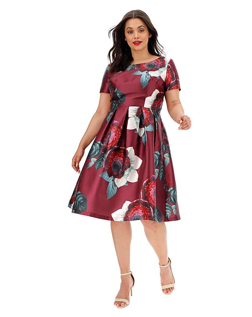 Chi Chi London Chi Chi London Printed Dress