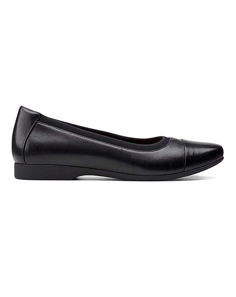 Clarks Clarks Un Darcey Cap2 Shoes E Fit