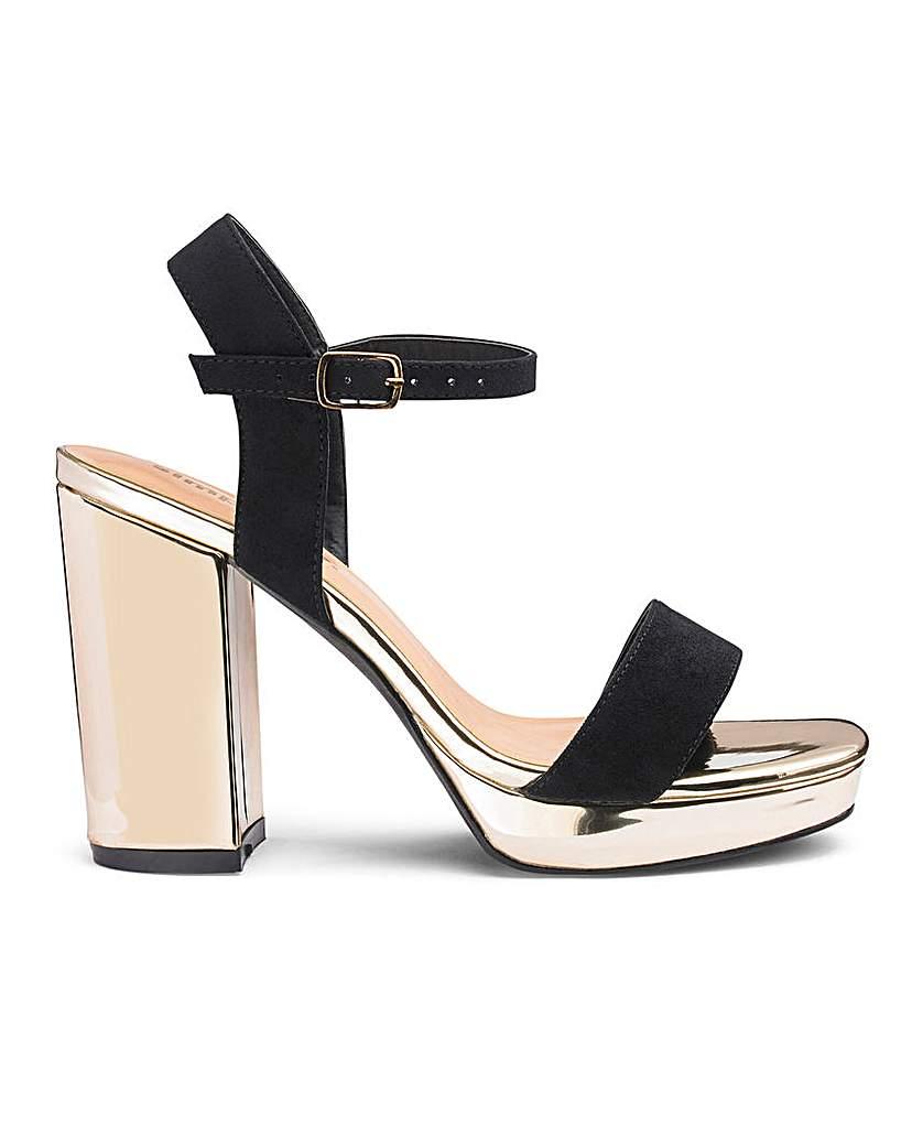 mia platform block heel wide fit