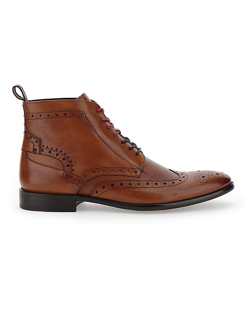1920s Boardwalk Empire Shoes Peter Werth Leather Lace up Brogue Boot £75.00 AT vintagedancer.com